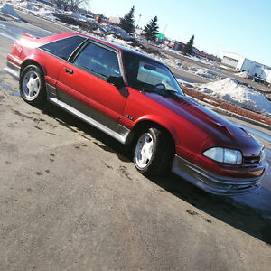 1990 Ford Mustang GT 5.0