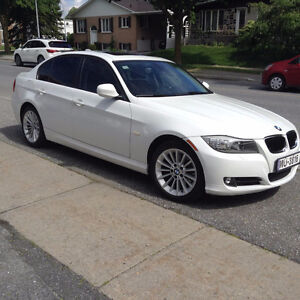 2011 BMW 3-Series 328i xDrive Édition Executive Berline