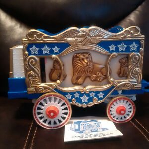 Jim Beam Circus Wagon China Decanter 1979  Make an offer