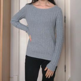 Grey cashmere/cotton jumper. Uniqlo, XS.