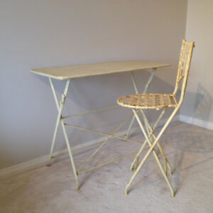 Versatile table and chair