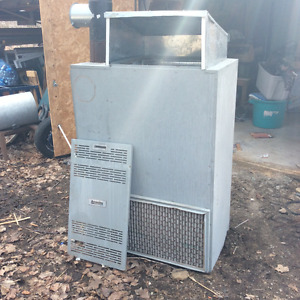 Oil furnace in excellent condition