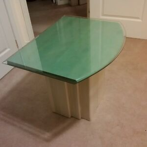 Matching Glass-top End Tables - Great condition! Kitchener / Waterloo Kitchener Area image 1