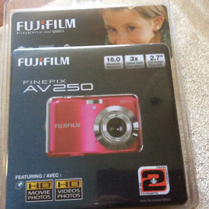 Fuji film camera London Ontario image 1