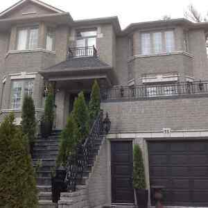 LUXURY FURNISHED SMALL 1 BEDROOM 416-529-59-59