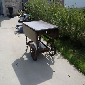 WOODEN TEA WAGON