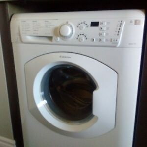 Washer - Dryer ARISTON  all in one unit fits under the counter