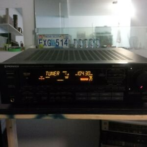 PIONEER AM/FM RECEIVER