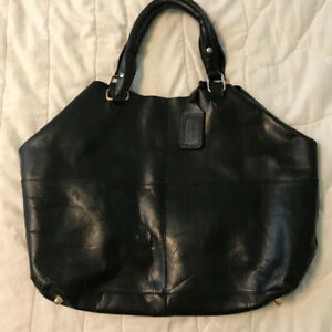 100% black leather with studs Topshop bag