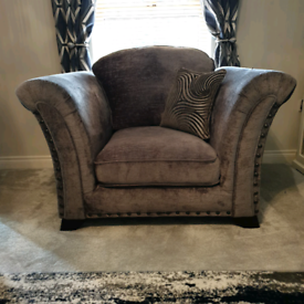 Vesper single chair