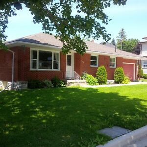 Listowel bungalow for rent. Mid october available.