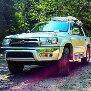 1999 Toyota 4Runner Hilux Surf SUV, Crossover