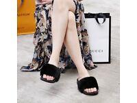 DAYMISFURRY -- Mink Fur Slippers-Black