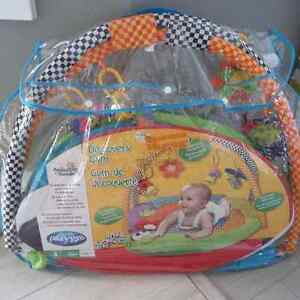 Baby play mat by playgro. Like new
