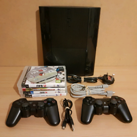 Ps3 Super Slim 150Gb with all wires, 2 controllers and games