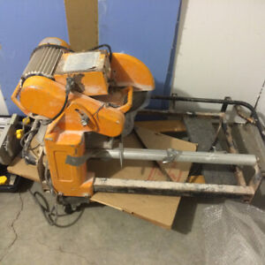 HEAVY DUTY TILE SAWS. 10 inch  and 7inch rare use after MVA C ac