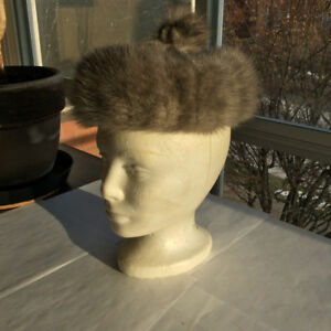 Vintage: Real Fur Trim Hat