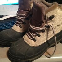 Winter SHOES/BOOTS :COLUMBIA SIZE 10 or COLEMAN Size 11