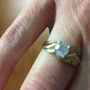 Beautiful engagement ring St. John's Newfoundland image 3