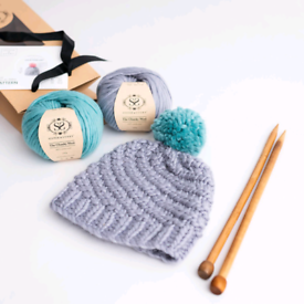 Stich and story knitting kit Pom-pom hat for beginner gift set present