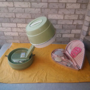 VINTAGE BEAUTY SET+VINTAGE HAIR DRYER **See EACH PRICE