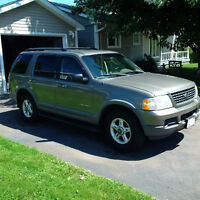 2002 Ford Explorer Green SUV, Crossover