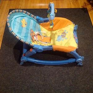 Fisher-Price Newborn-To-Toddler Rocker Chair Kitchener / Waterloo Kitchener Area image 2