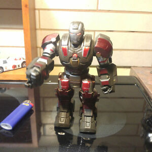 Marvel Iron Man Armor Charge Hasbro Walking Action Figure Lights