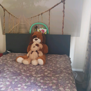 Queen bed suite with mattress
