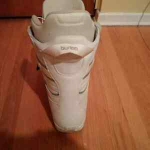 BURTON Women's Snowboard Boots size 9 REDUCED! Kitchener / Waterloo Kitchener Area image 3