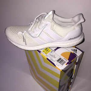 ULTRA BOOST TRIPLE WHITE 1.0