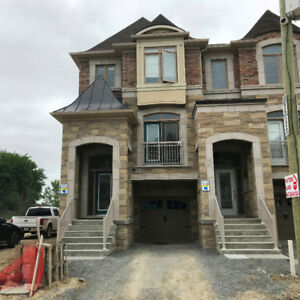 Brand New 4 Bedroom End Unit Town Home Woodbridge Weston & Major