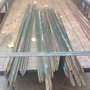 Green Heavy duty T-steel Posts for safety Fencing 6' & 7' long