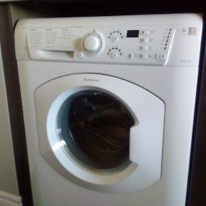 ARISTON WASHER DRYER ALL IN ONE **BRAND NEW**