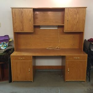 Quality solid oak work station / sewing center