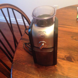 Krups GVX2 Coffee Grinder - Used, good condition