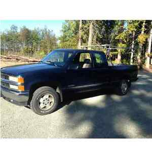 1995 Chevrolet 4x4 Truck I need 4Door vehicle