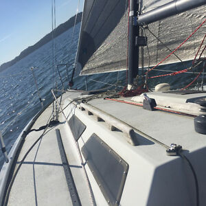 Extremely Fast 30ft Olsen for Sale