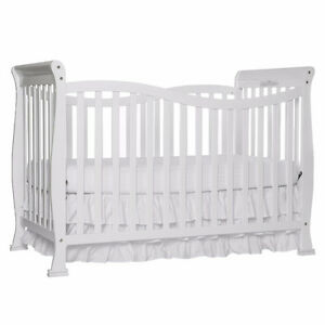 Dream On Me Violet 7 in 1 Convertible Life Style Crib, White Cambridge Kitchener Area image 1