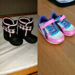 Boots and shoes toddler size 4