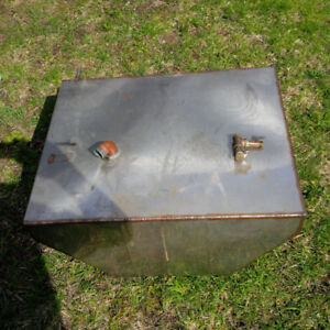 STAINLESS 32-35 GALLON WATER TANK