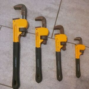 Pipe Wrenches  Powerfist Set of 4