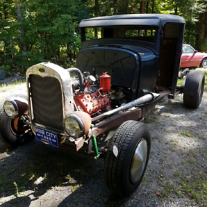 1933 Ford truck