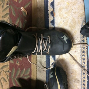 Great Snowboard and boots size 7.5 Mens Stratford Kitchener Area image 5