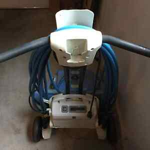 Dolphin Pool Cleaner with Stand Oakville / Halton Region Toronto (GTA) image 2