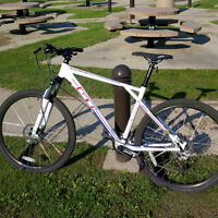 Mountain Bike GT Avalanche Sport with shop guarantee