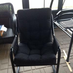 Chaise conforable Saguenay Saguenay-Lac-Saint-Jean image 1