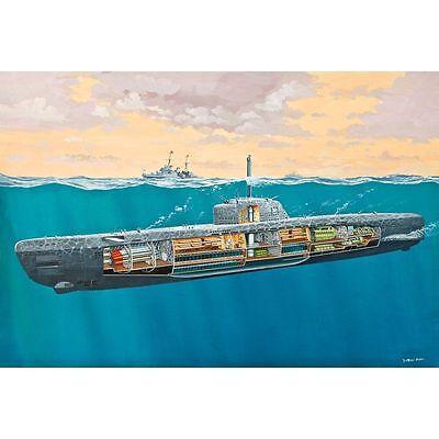 05078 - Revell Deutsches U-Boot Typ XXI mit Interieur 1:144