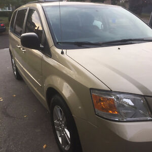 2010 Dodge Grand Caravan SE with Power Package Minivan, Van