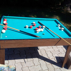 Bunker pool table